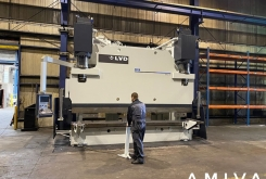LVD PPEB 640 ton x 4500 mm CNC